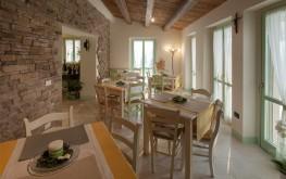 Sala interna country house Le Maracla.