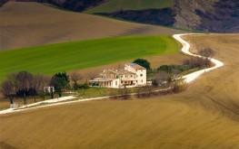 Le Maracla a Jesi. Camere per vacanze nelle Marche. Country House Elegante e B&B nella provincia di Ancona.