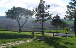 Le Maracla, bed and breakfast con giardino a jesi.